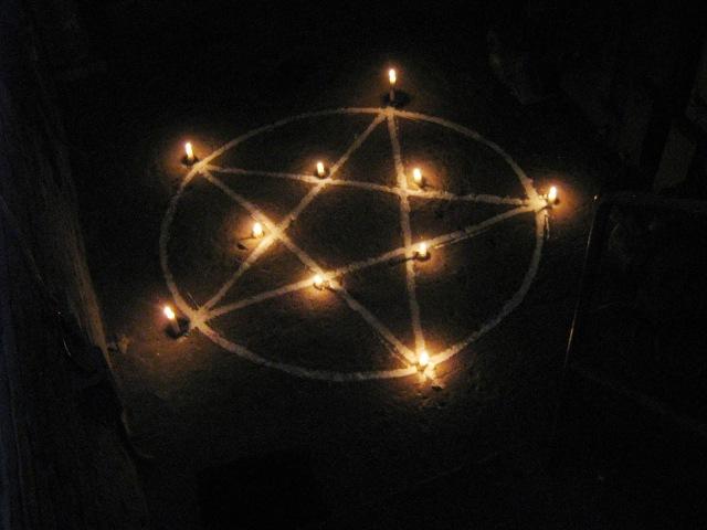 5-Candle-Pentagram