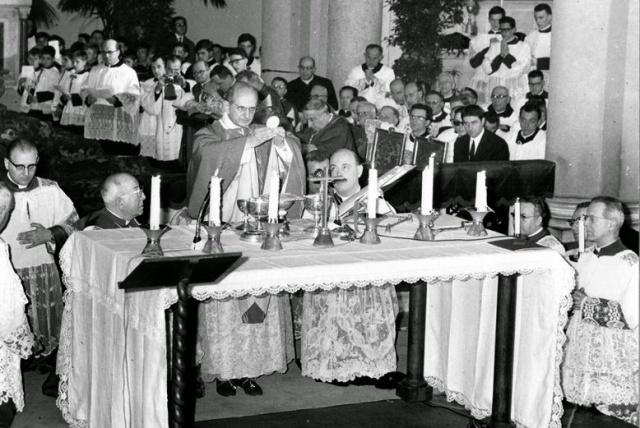 Paul VI-First Vernacular Mass - 1965